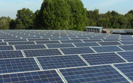 Klimaatscholen 2050 legt eerste zonne-installatie op basisschool de Ark in Leuven
