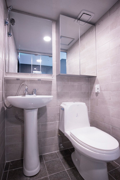 Deluxe bath room