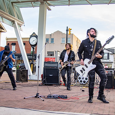 Live At Streetsville Square