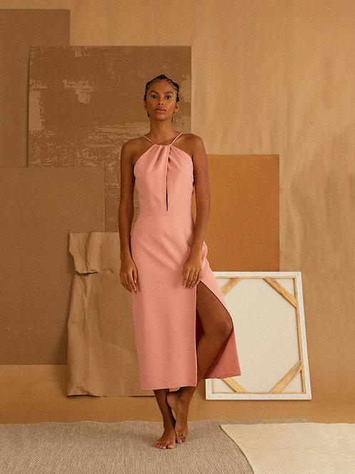 vestido midi torcido rosa