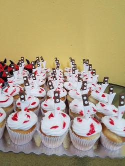 knife cupcakes.jpg