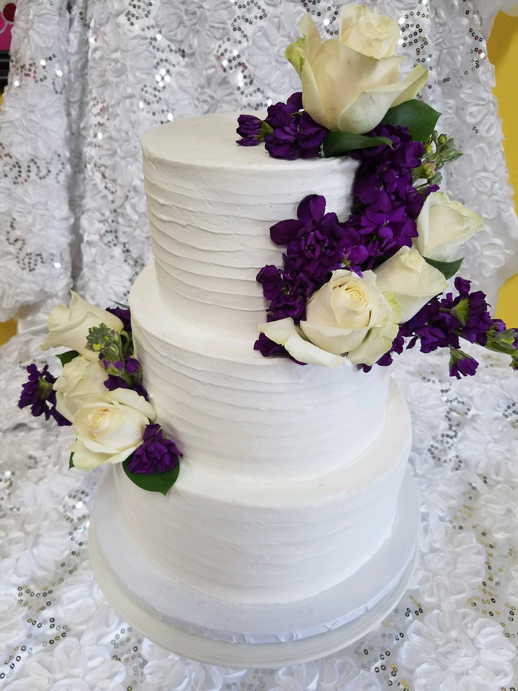 dulce wedding cake flowers
