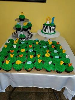 zoo cupcakes