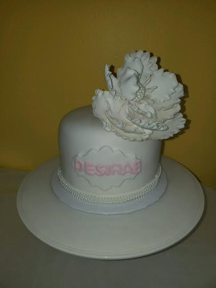 white pearl cake.jpg