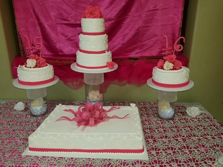 quincenarra cakes