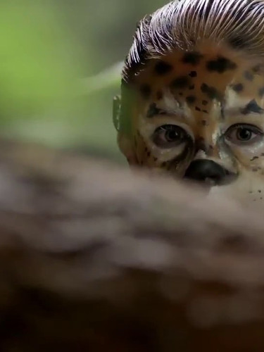 Tiger bodypaint for comercial