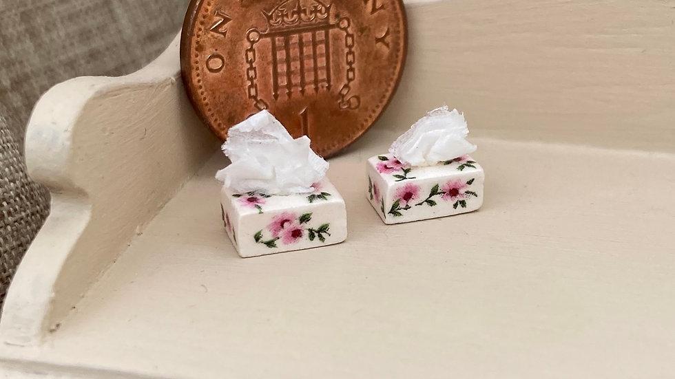 1/24 scale tissue box