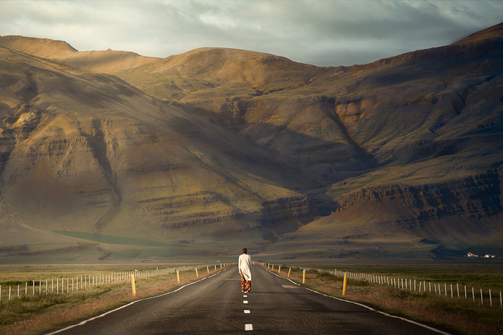 Woman enjoying the majestic views of an scenic drive in Iceland