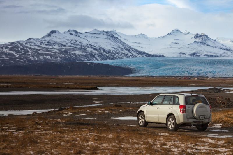 SUV vs minivan in Iceland's Highlands