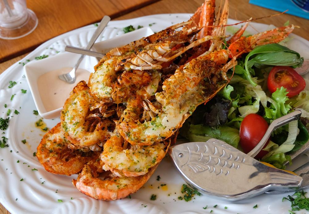 Plato de marisco, un ingrediente esencial en la gastronomía islandesa