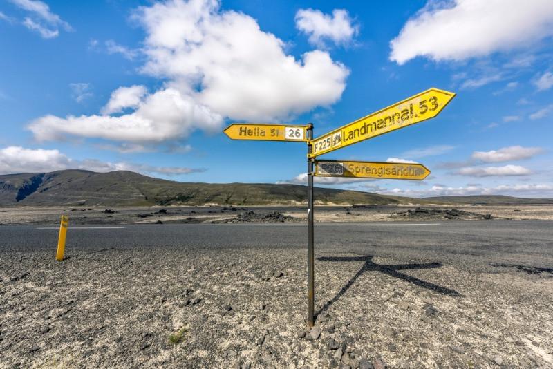 Cartel que señaliza la carretera de acceso a Landmannalaugar