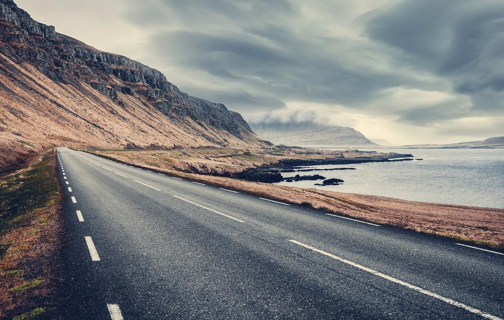 Ring road islandese lungo la costa