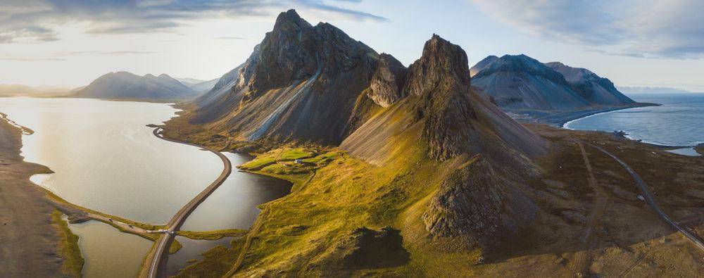 Increible vista aérea del paisaje islandés