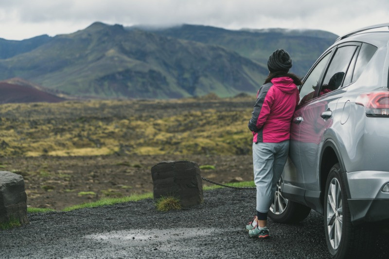 Woman with an SUV van in Iceland