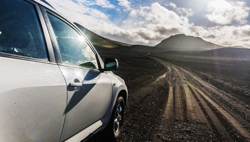 Car driving on gravel roads in iceland - Gravel map road in Iceland