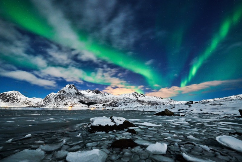 Northern lights is a fun activity in Iceland