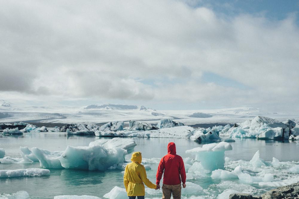 coppia presso la laguna di Jokulsarlon