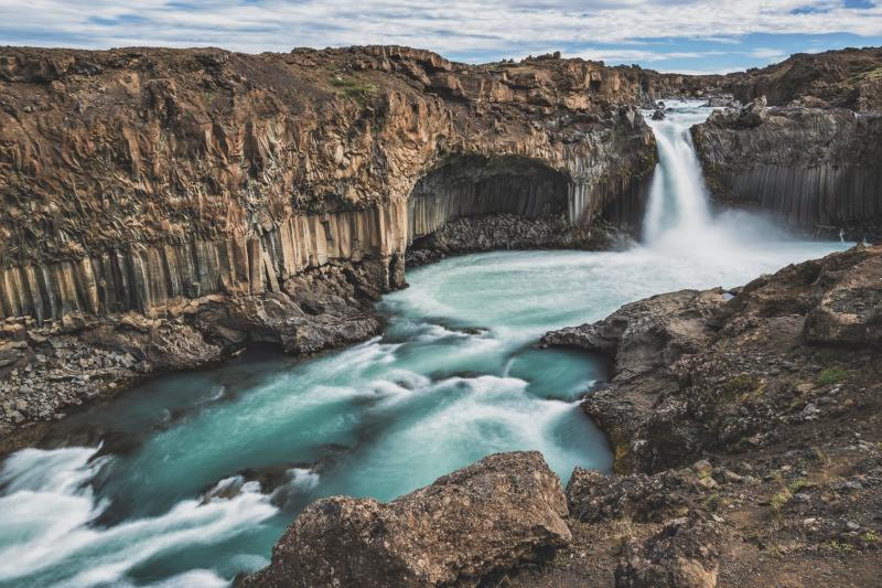 Aldeyjarfoss waterfall shows basalt columns in Iceland