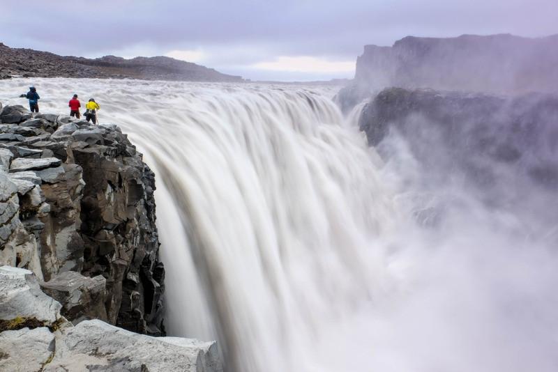 Catarata de Dettifoss ubicada en el norte del mapa de islandia