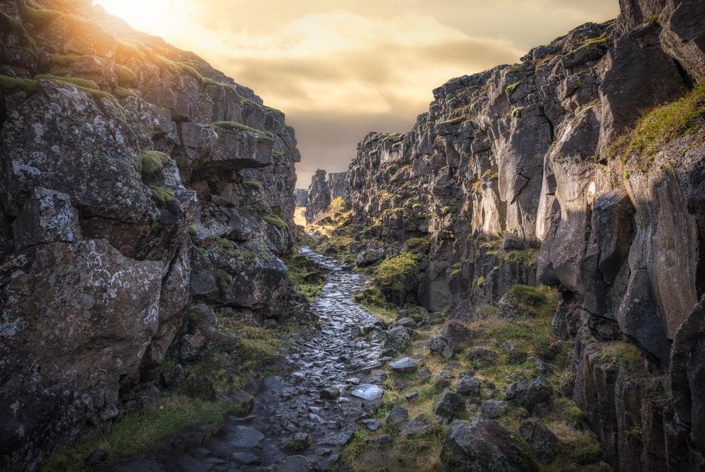 fessura della placca tettonica nel parco nazionale di Thingvellir