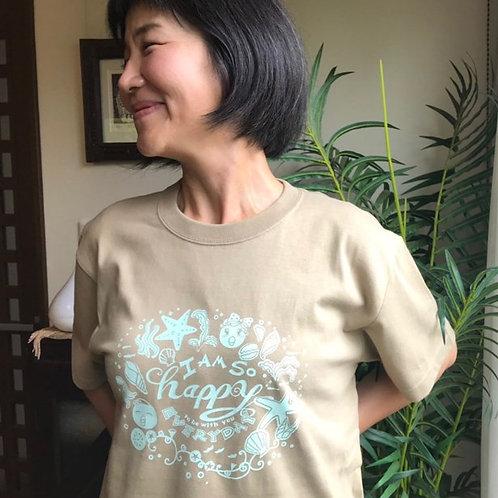 Happy Isobee Tシャツ(サンドカーキ/ペパーミントグリーン)