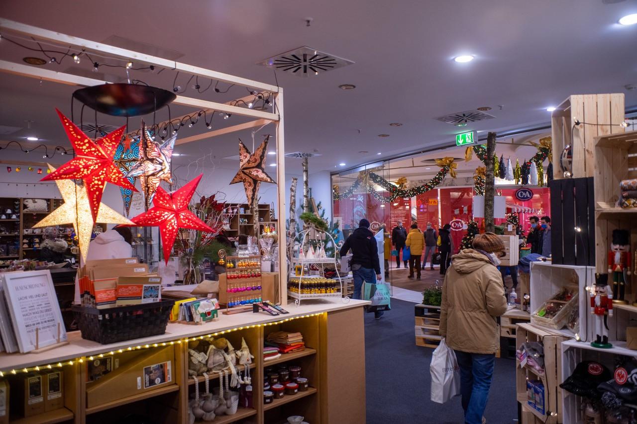 WeihnachtsmarktPOPUP_Laden.jpg