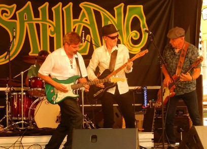 Graham Brown Band Playing Live Khatsahlano Music Festival