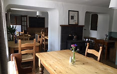 The Royal Oak Pencelli Dining Room