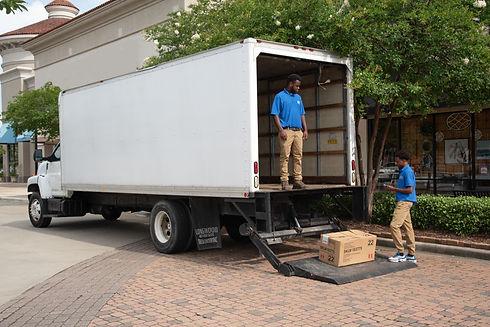 Runner's Courier Service Lift gate truck