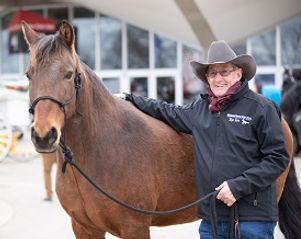 Choke wins horse of the year - mustang o