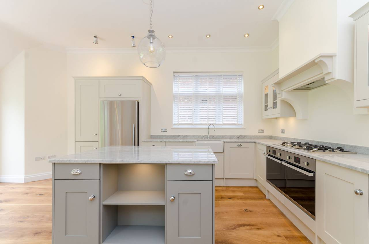Kitchen Fitted 4.jpg