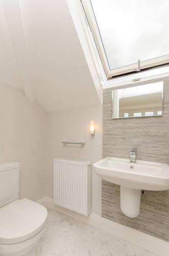 Bathroom Loft Ensuite.jpg