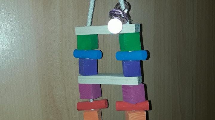 Capitaine Crochu | jouet en bois perroquet - fausse echelle - jouet perruche perroquet perchoir