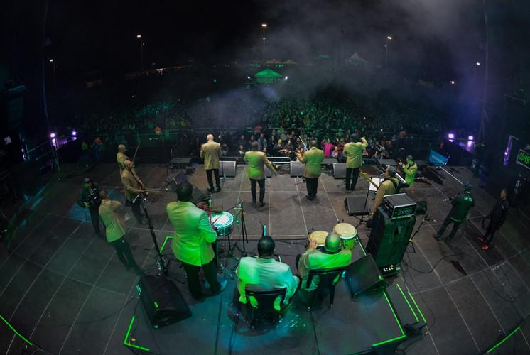 Orquesta-Aragon-cuba3.JPEG