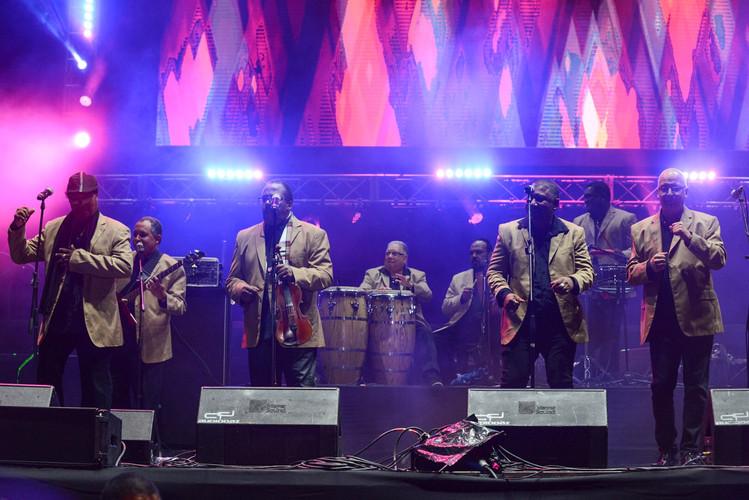 Orquesta-Aragon-cuba6.JPEG
