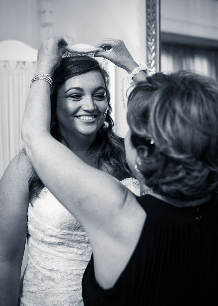 Overhills Mansion putting on the veil - Baltimore Wedding