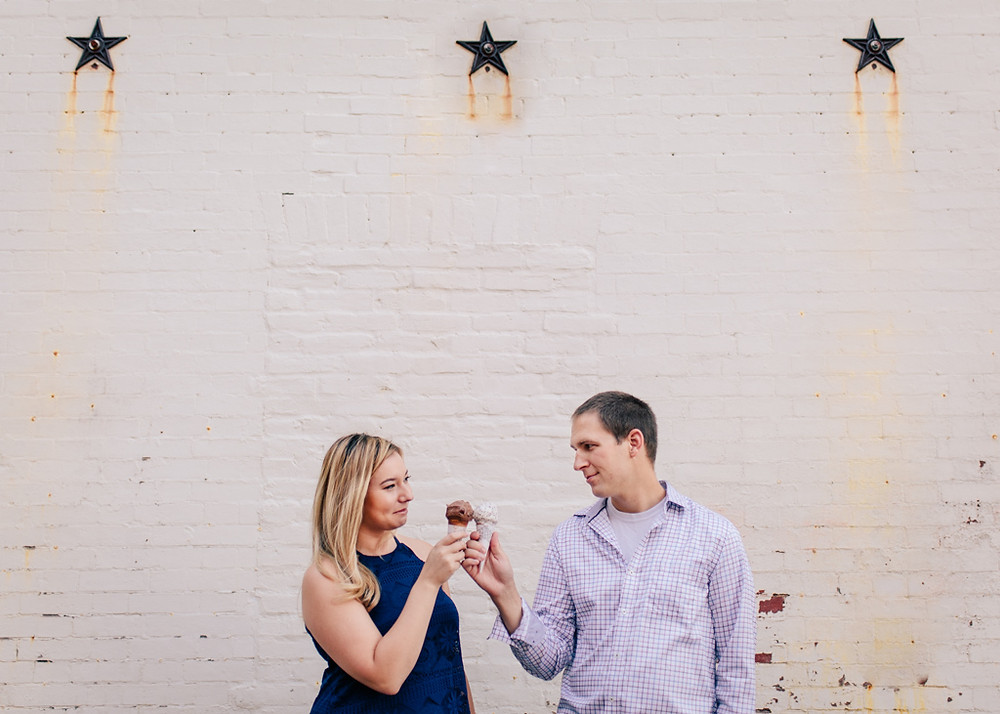 Ice-cream cones downtown Annapolis engagement portraits