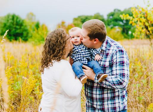Kinder Farm Park Fall Portraits   Magill Family   Maryland Portrait Photographer