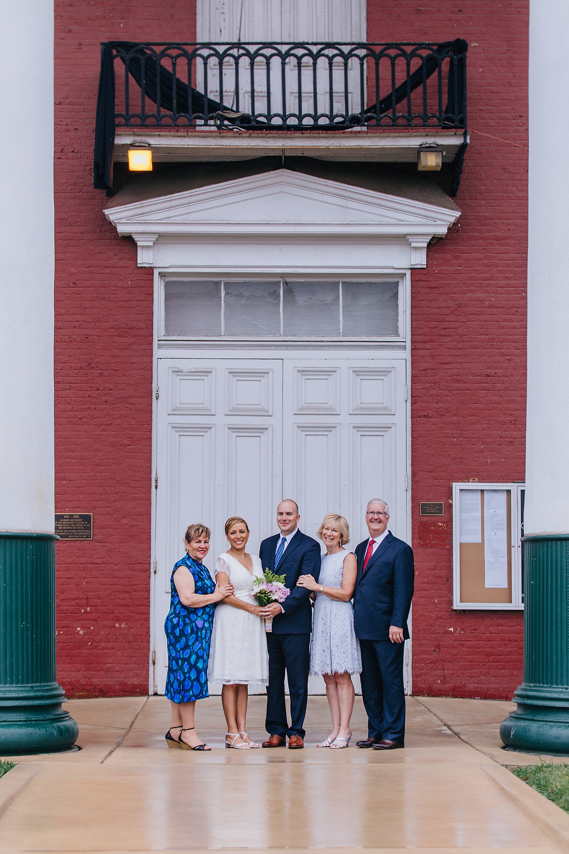 rainy day wedding family portraits