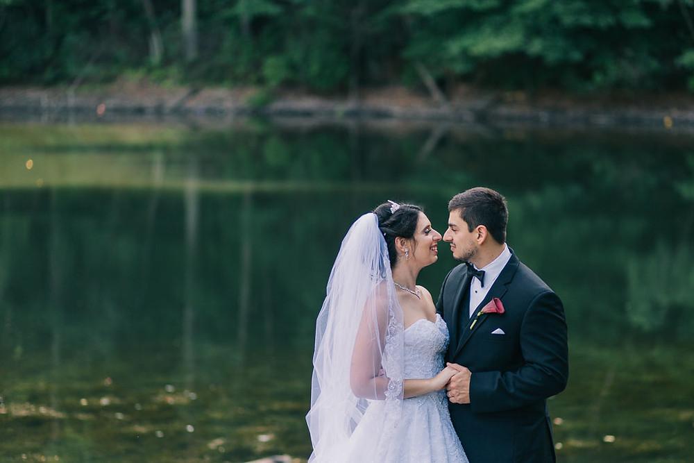 oregon ridge bridal portraits by the lake Maryland Wedding Photographer