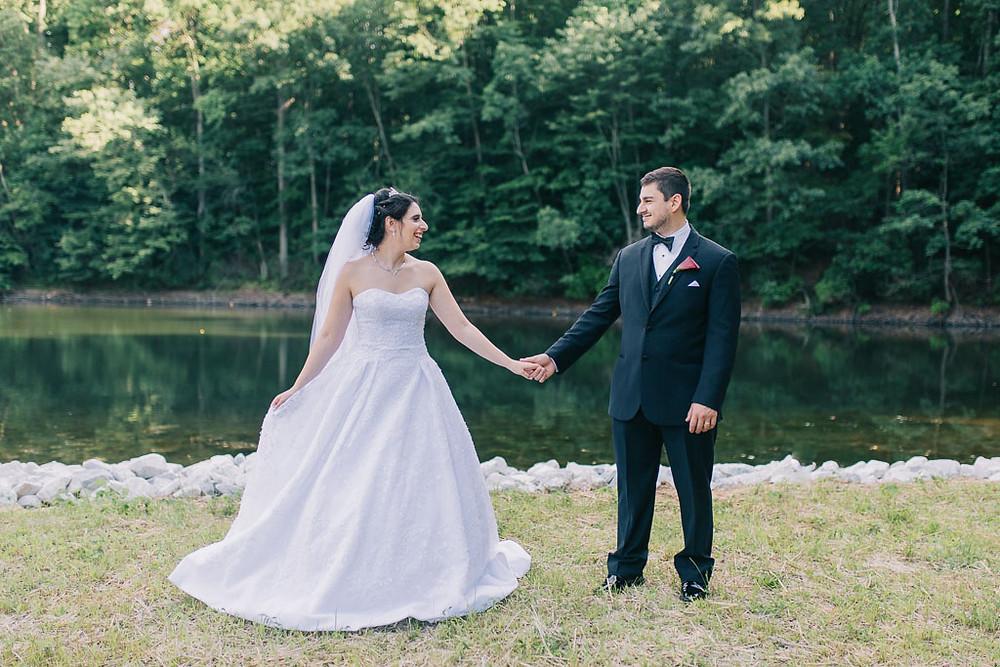 oregon ridge bridal portraits by the lake Baltimore Wedding Photographer