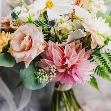 Wedding Florals - Baltimore Wedding Photographer