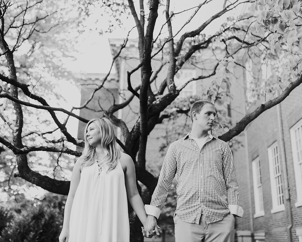 Black and White engagement portrait awesome tree State Capital Building