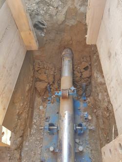 Grabenloser Leitungsbau mit dem Grundomat System (Erdrakete).