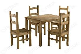 Corona Table Set