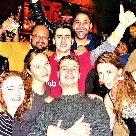 Pub Crawl Zurich Feiert.jpg