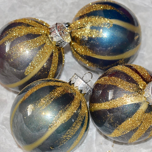 Christmas Ornaments - traditional rustic front view