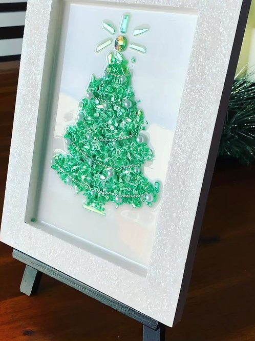 Glass Christmas Tree in resin front view