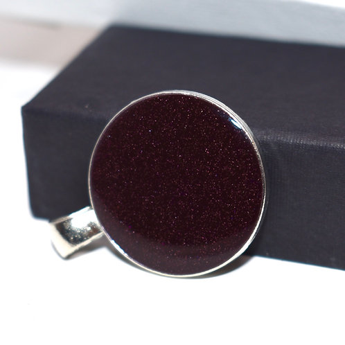 Classy deep red pendant - front view