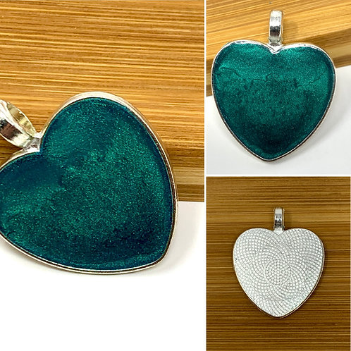 Teal Metallic Mica Heart Pendant - front view